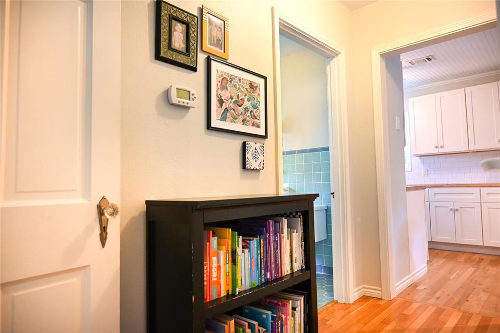 136 Umphress  Street, Van Alstyne, Texas 75495 - acquisto real estate best listing agent in the nation shana acquisto estate realtor