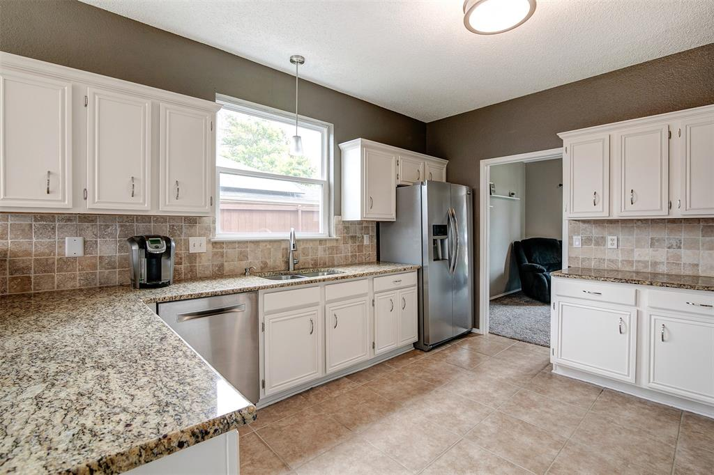1102 Harvard  Lane, Allen, Texas 75002 - acquisto real estate best highland park realtor amy gasperini fast real estate service