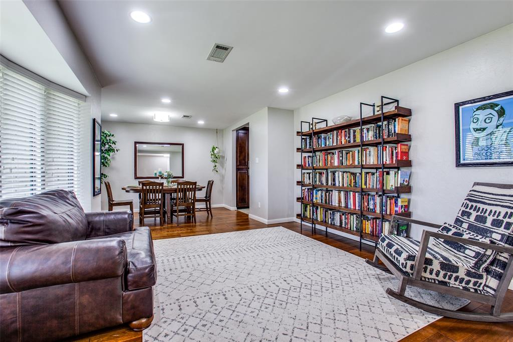 315 Woodcrest  Drive, Richardson, Texas 75080 - acquisto real estate best style realtor kim miller best real estate reviews dfw