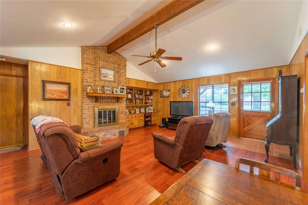 309 5th  Street, Justin, Texas 76247 - acquisto real estate best highland park realtor amy gasperini fast real estate service