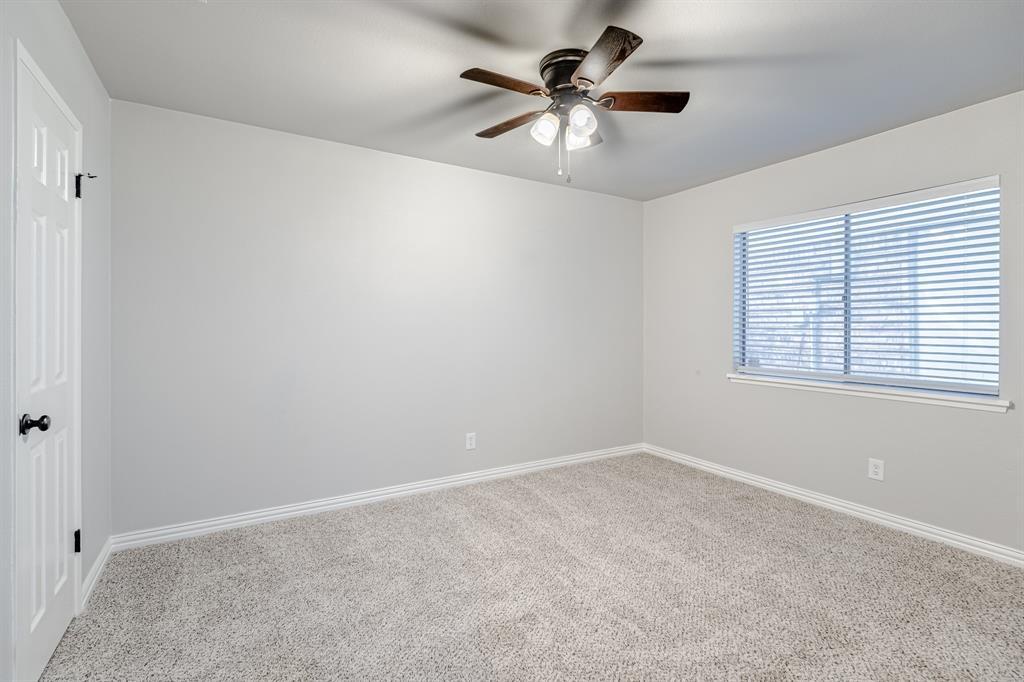 6221 Glenmoor  Drive, Garland, Texas 75043 - acquisto real estate best realtor foreclosure real estate mike shepeherd walnut grove realtor