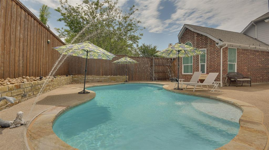 135 Sherwood  Drive, Murphy, Texas 75094 - acquisto real estate best listing agent in the nation shana acquisto estate realtor