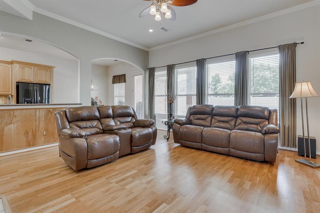 3805 Monterrey  Circle, The Colony, Texas 75056 - acquisto real estate best highland park realtor amy gasperini fast real estate service