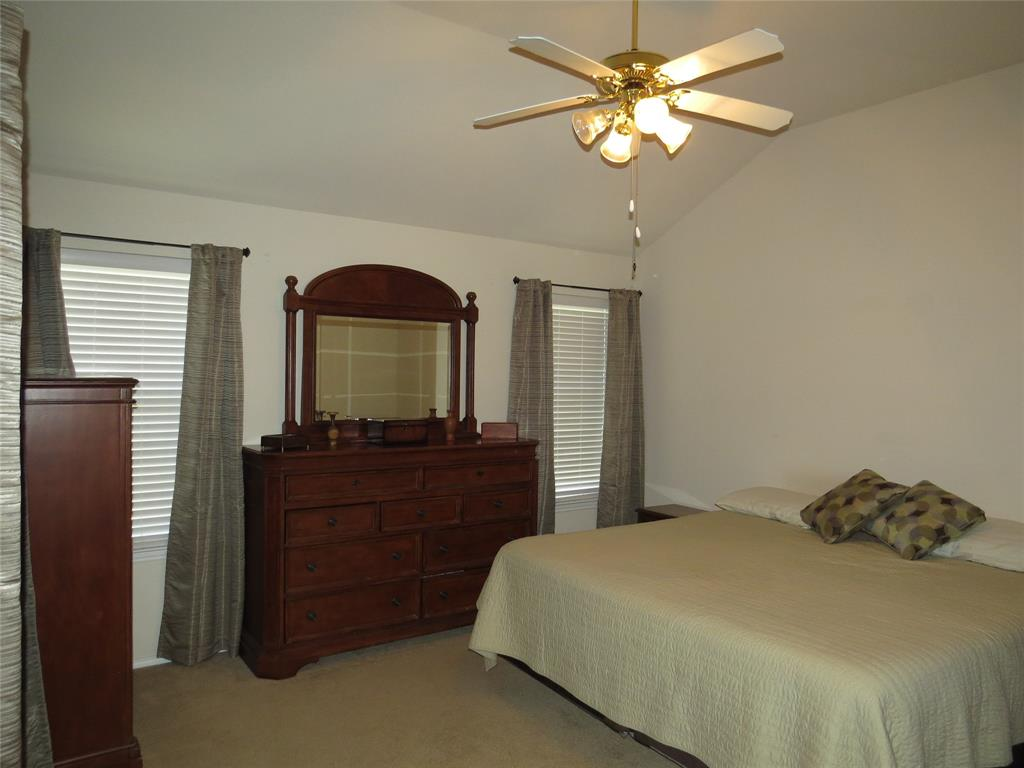 8436 Prairie Fire  Drive, Fort Worth, Texas 76131 - acquisto real estate best real estate company to work for