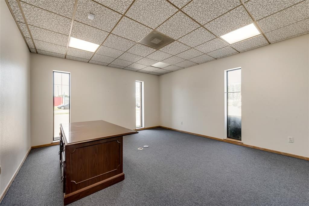 7451 Chapel  Avenue, Fort Worth, Texas 76116 - acquisto real estate best highland park realtor amy gasperini fast real estate service