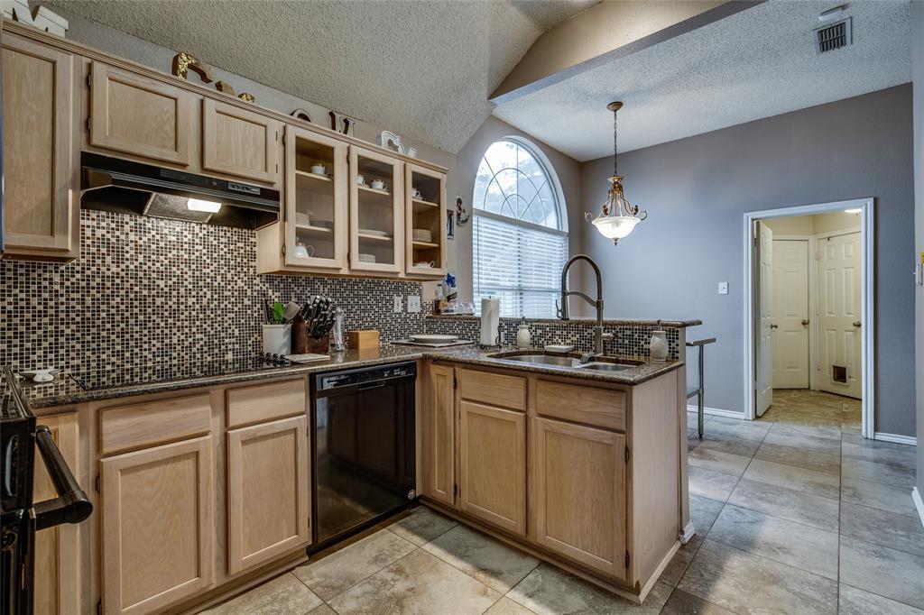 7624 Arbor Ridge  Court, Fort Worth, Texas 76112 - acquisto real estate best allen realtor kim miller hunters creek expert