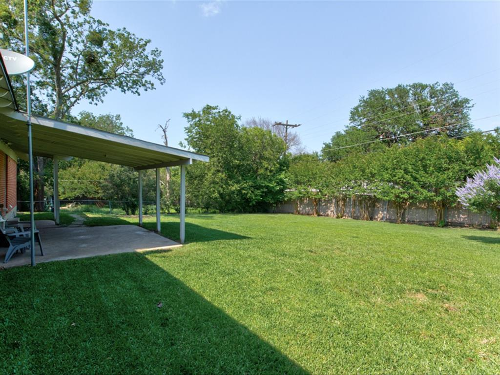 5621 Wedgworth  Road, Fort Worth, Texas 76133 - acquisto real estate best plano real estate agent mike shepherd