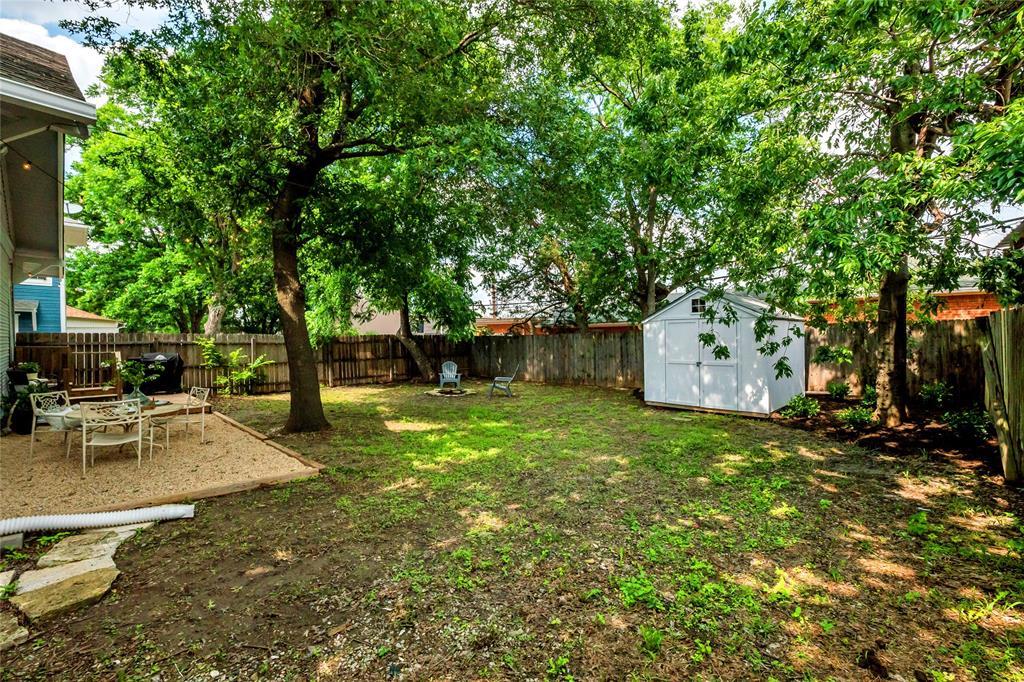 810 Elsbeth  Street, Dallas, Texas 75208 - acquisto real estate best realtor dallas texas linda miller agent for cultural buyers