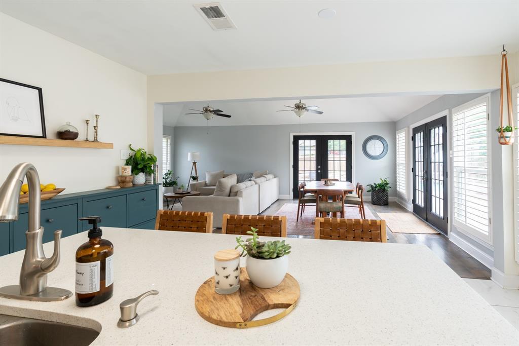 3720 Grasmere  Drive, Carrollton, Texas 75007 - acquisto real estate best new home sales realtor linda miller executor real estate