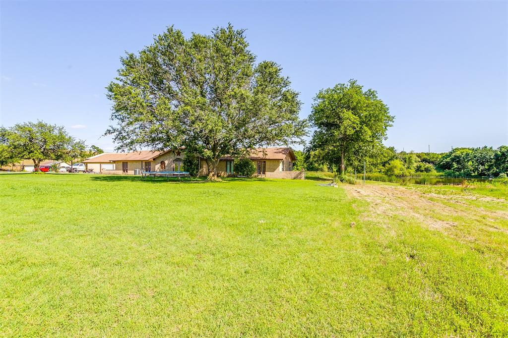 2553 Woodard  Avenue, Cleburne, Texas 76033 - acquisto real estate best luxury buyers agent in texas shana acquisto inheritance realtor