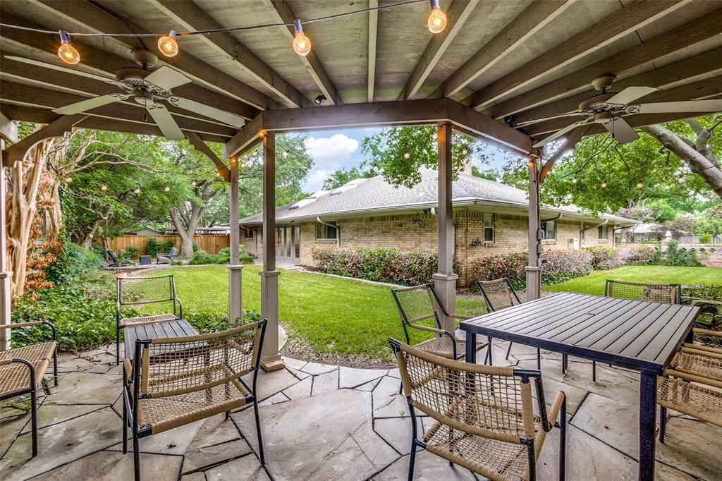 4240 Glenaire  Drive, Dallas, Texas 75229 - acquisto real estate mvp award real estate logan lawrence
