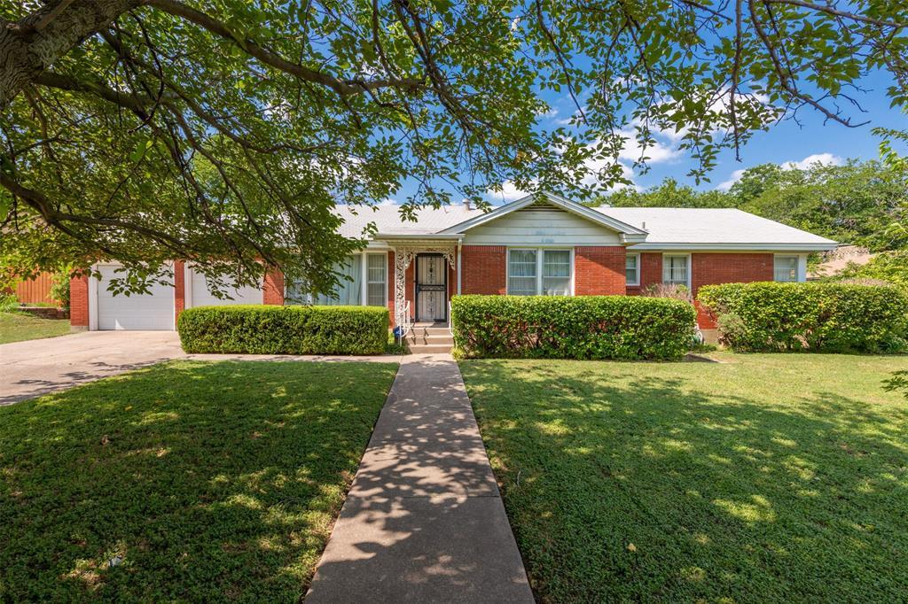 5008 Glade  Street, Sansom Park, Texas 76114 - Acquisto Real Estate best frisco realtor Amy Gasperini 1031 exchange expert