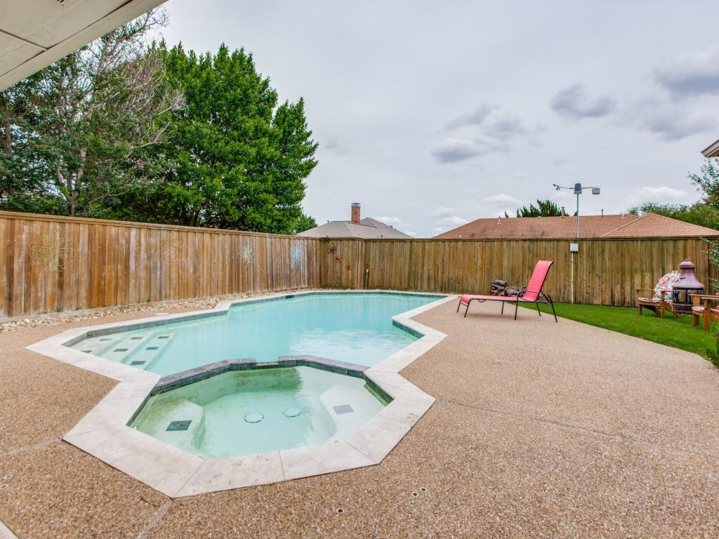 2412 Primrose  Drive, Richardson, Texas 75082 - acquisto real estate best allen realtor kim miller hunters creek expert