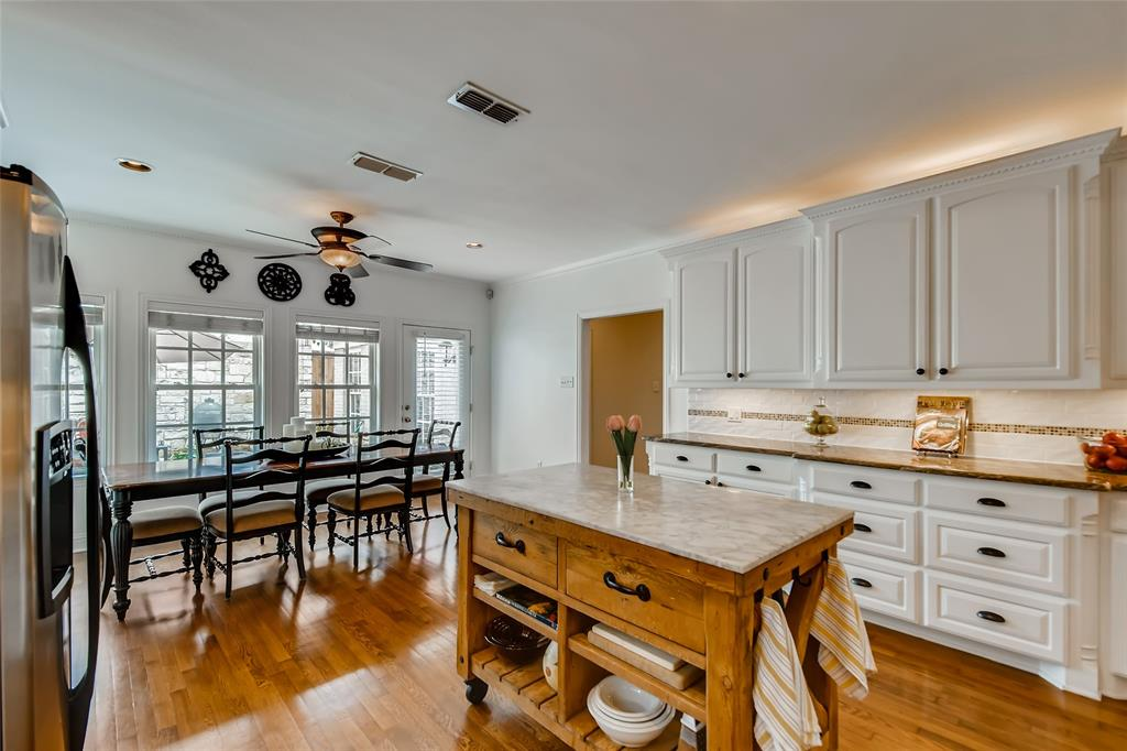 2311 Stanley  Avenue, Fort Worth, Texas 76110 - acquisto real estate best the colony realtor linda miller the bridges real estate