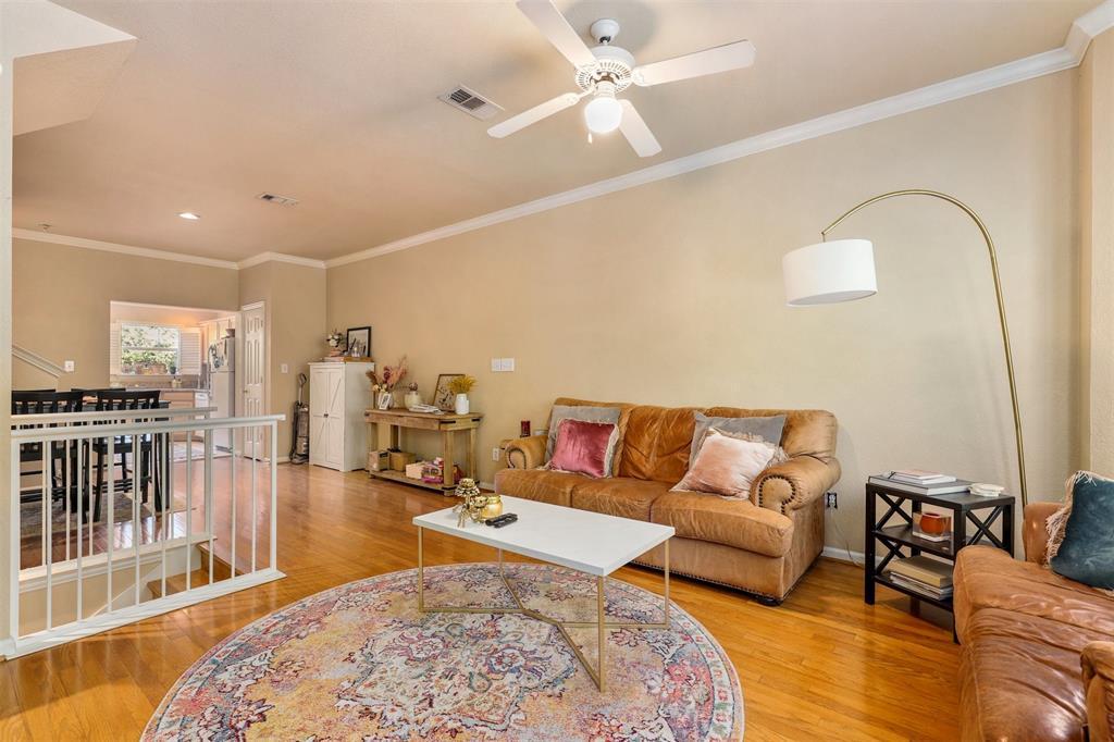2902 State  Street, Dallas, Texas 75204 - acquisto real estate best prosper realtor susan cancemi windfarms realtor