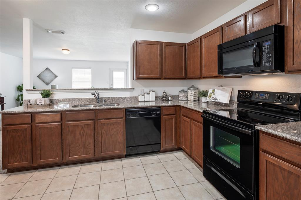 1505 Lone Pine  Drive, Little Elm, Texas 75068 - acquisto real estate best listing listing agent in texas shana acquisto rich person realtor