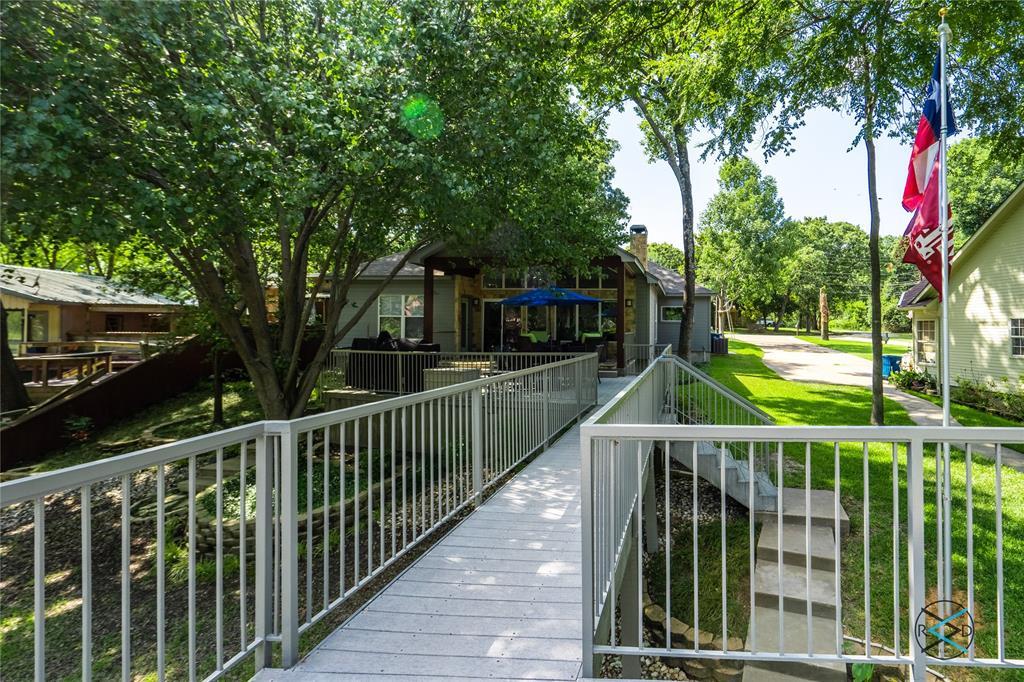 124 Robin Hood  Way, Gun Barrel City, Texas 75156 - acquisto real estate best frisco real estate agent amy gasperini panther creek realtor