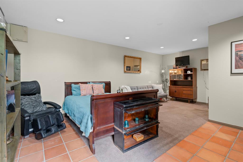 5511 Victor  Street, Dallas, Texas 75214 - acquisto real estate best realtor dfw jody daley liberty high school realtor