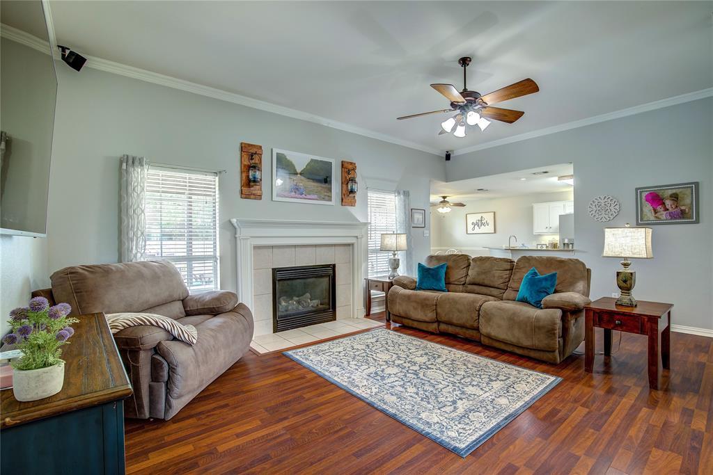 6907 Gold  Street, Greenville, Texas 75402 - acquisto real estate best celina realtor logan lawrence best dressed realtor