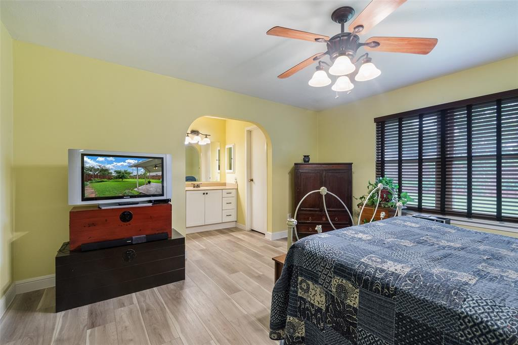 1102 Heiden  Court, Flower Mound, Texas 75028 - acquisto real estate best listing agent in the nation shana acquisto estate realtor