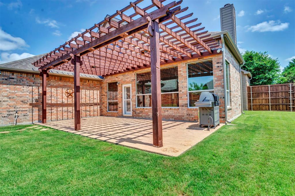 1601 Bryce Canyon  Lane, Allen, Texas 75002 - acquisto real estate best park cities realtor kim miller best staging agent