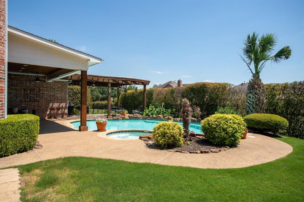 8406 Bridgewater  Rowlett, Texas 75088 - acquisto real estate best park cities realtor kim miller best staging agent