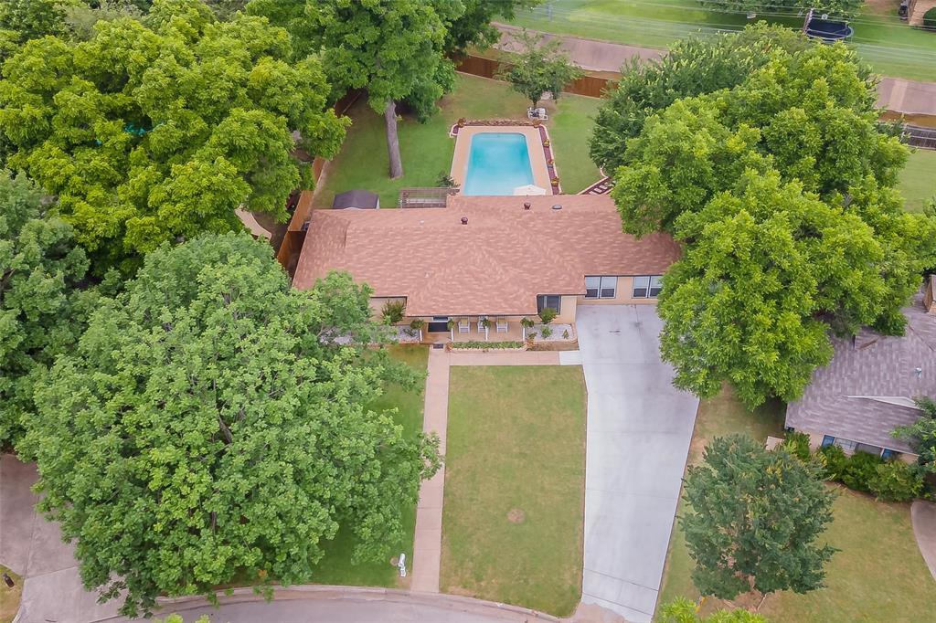 515 Shadowbrook  Lane, Hurst, Texas 76053 - Acquisto Real Estate best frisco realtor Amy Gasperini 1031 exchange expert