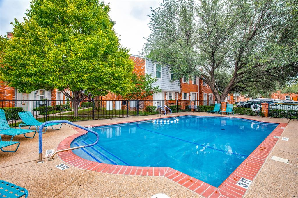 968 Roaring Springs  Road, Fort Worth, Texas 76114 - acquisto real estate best frisco real estate agent amy gasperini panther creek realtor