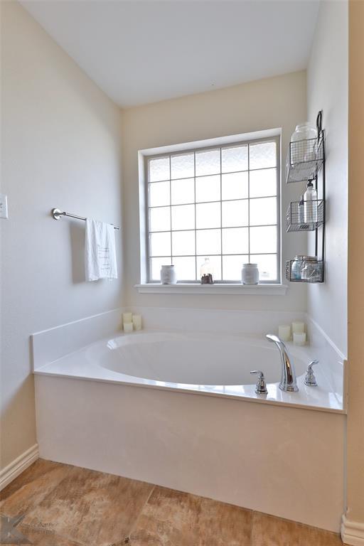 366 Miss Ellie  Lane, Abilene, Texas 79602 - acquisto real estate best frisco real estate agent amy gasperini panther creek realtor