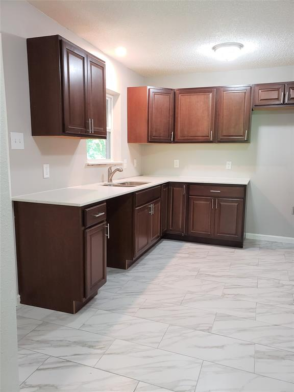 3216 Loganwood  Drive, Dallas, Texas 75227 - acquisto real estate best real estate company to work for