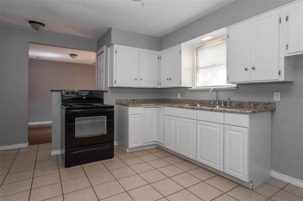 3613 Washburn  Avenue, Fort Worth, Texas 76107 - acquisto real estate best luxury buyers agent in texas shana acquisto inheritance realtor
