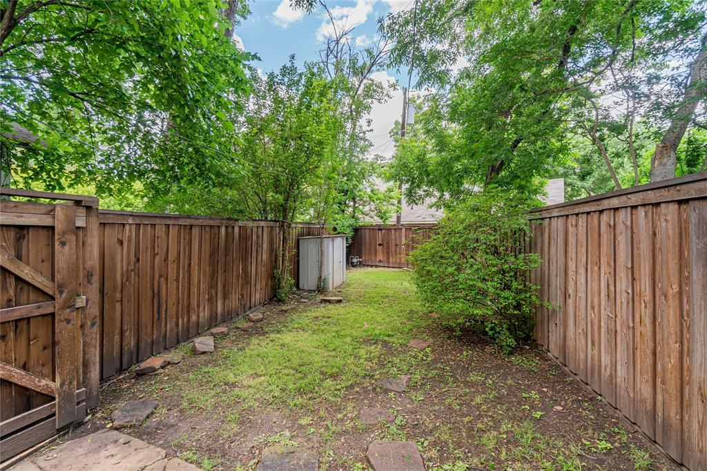 5941 Bryan  Parkway, Dallas, Texas 75206 - acquisto real estate best photos for luxury listings amy gasperini quick sale real estate