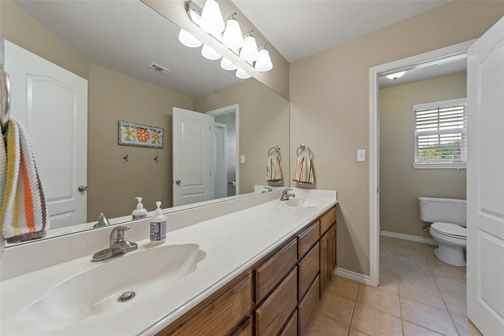 444 Rene  Lane, Gunter, Texas 75058 - acquisto real estate best new home sales realtor linda miller executor real estate