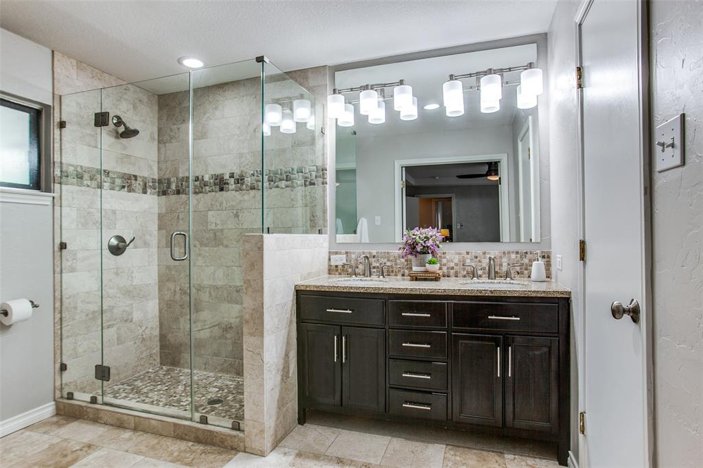 315 Woodcrest  Drive, Richardson, Texas 75080 - acquisto real estate best realtor dallas texas linda miller agent for cultural buyers