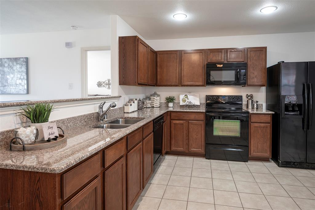 1505 Lone Pine  Drive, Little Elm, Texas 75068 - acquisto real estate best real estate company to work for