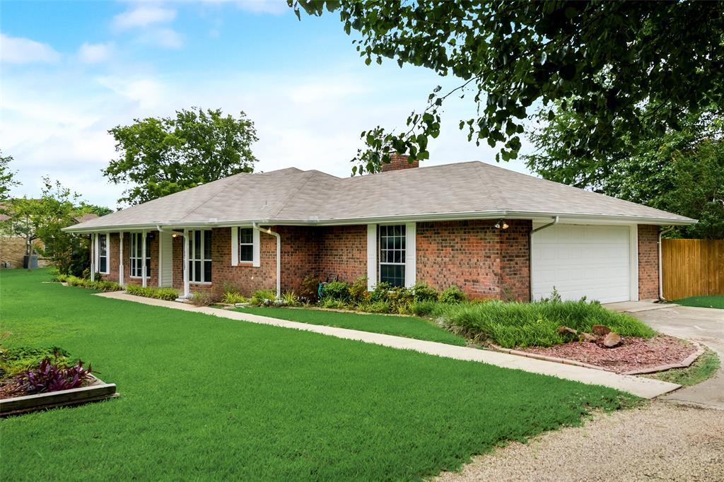 124 Burkett  Lane, Pecan Hill, Texas 75154 - Acquisto Real Estate best frisco realtor Amy Gasperini 1031 exchange expert