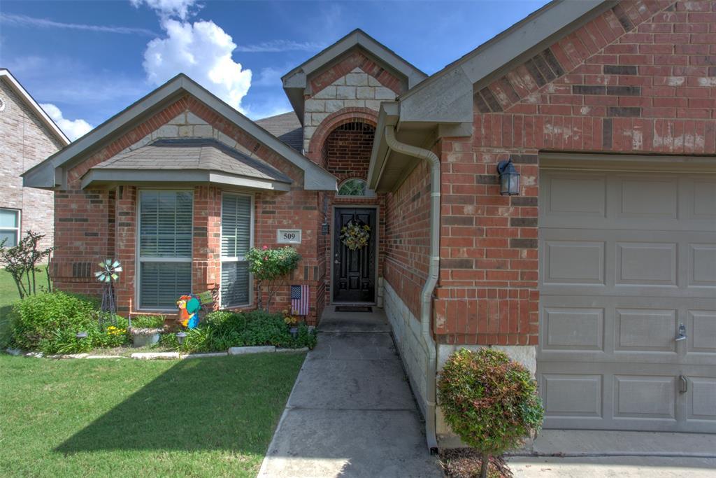 509 Kriston  Drive, Azle, Texas 76020 - acquisto real estate best the colony realtor linda miller the bridges real estate