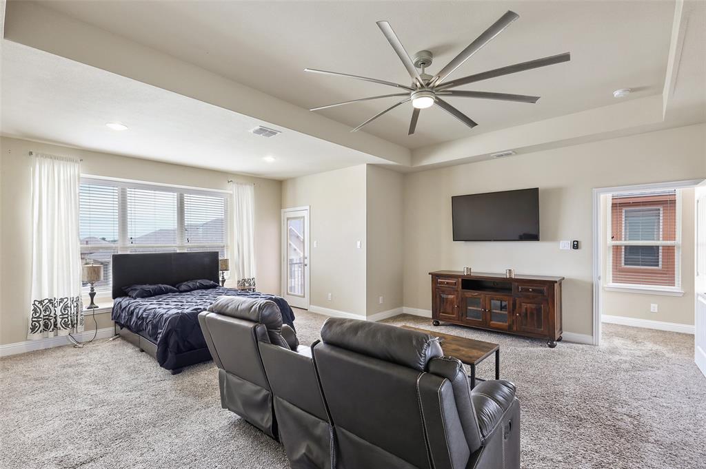 2670 Venice  Drive, Grand Prairie, Texas 75054 - acquisto real estate best designer and realtor hannah ewing kind realtor