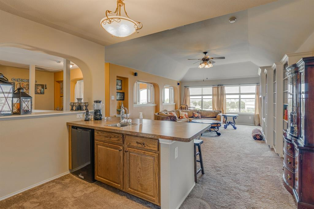 947 Yucca  Court, Burleson, Texas 76028 - acquisto real estate best negotiating realtor linda miller declutter realtor