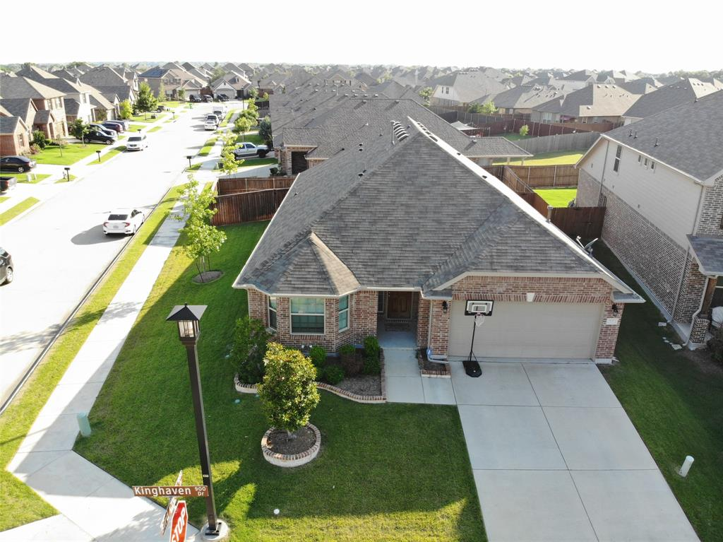 920 Kinghaven  Drive, Little Elm, Texas 75068 - Acquisto Real Estate best plano realtor mike Shepherd home owners association expert