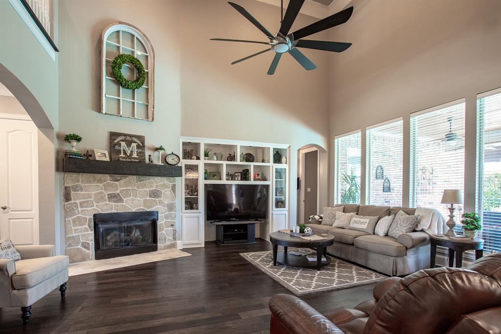 8406 Bridgewater  Rowlett, Texas 75088 - acquisto real estate best realtor foreclosure real estate mike shepeherd walnut grove realtor