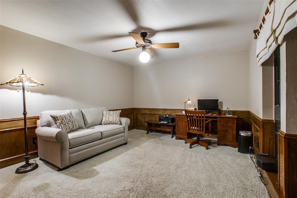 1408 Andover  Lane, Richardson, Texas 75082 - acquisto real estate best realtor dfw jody daley liberty high school realtor