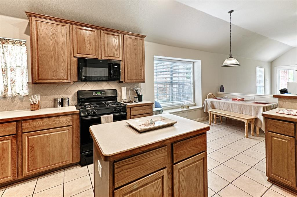 6433 Lakewood  Drive, Sachse, Texas 75048 - acquisto real estate best real estate company in frisco texas real estate showings