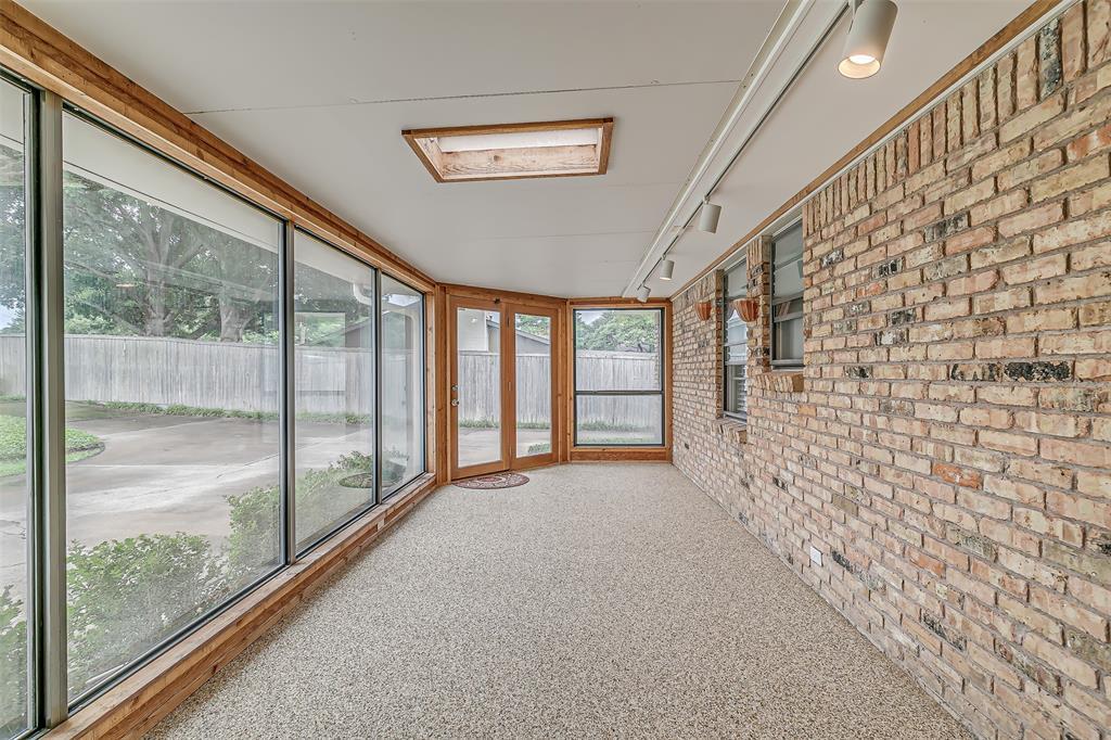 9018 Flicker  Lane, Dallas, Texas 75238 - acquisto real estate best designer and realtor hannah ewing kind realtor