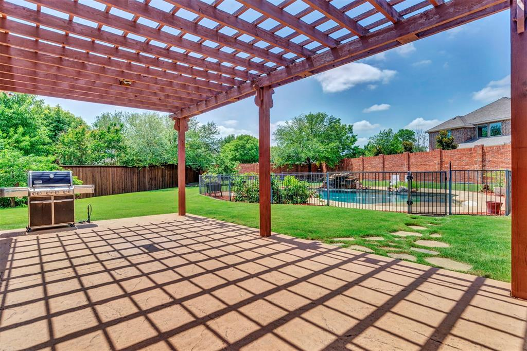 1601 Bryce Canyon  Lane, Allen, Texas 75002 - acquisto real estate best negotiating realtor linda miller declutter realtor