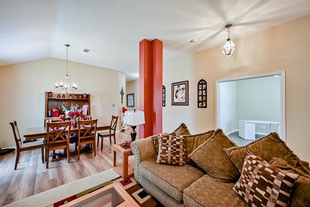 7002 Snowy Owl  Street, Arlington, Texas 76002 - acquisto real estate best new home sales realtor linda miller executor real estate