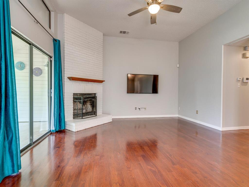 210 Mahogany  Drive, Arlington, Texas 76018 - acquisto real estate best prosper realtor susan cancemi windfarms realtor