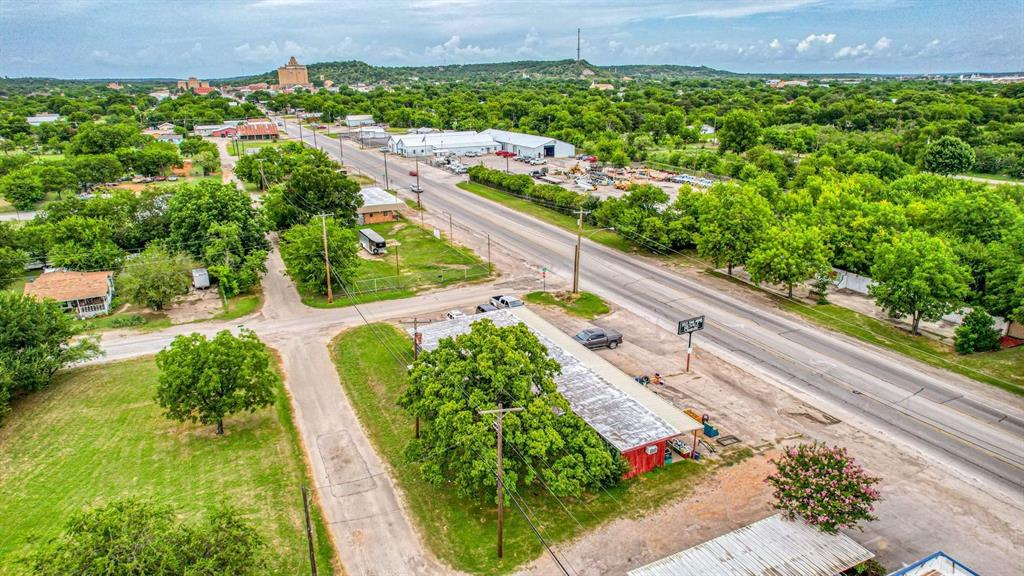 1500 Oak  Mineral Wells, Texas 76067 - acquisto real estate best listing listing agent in texas shana acquisto rich person realtor