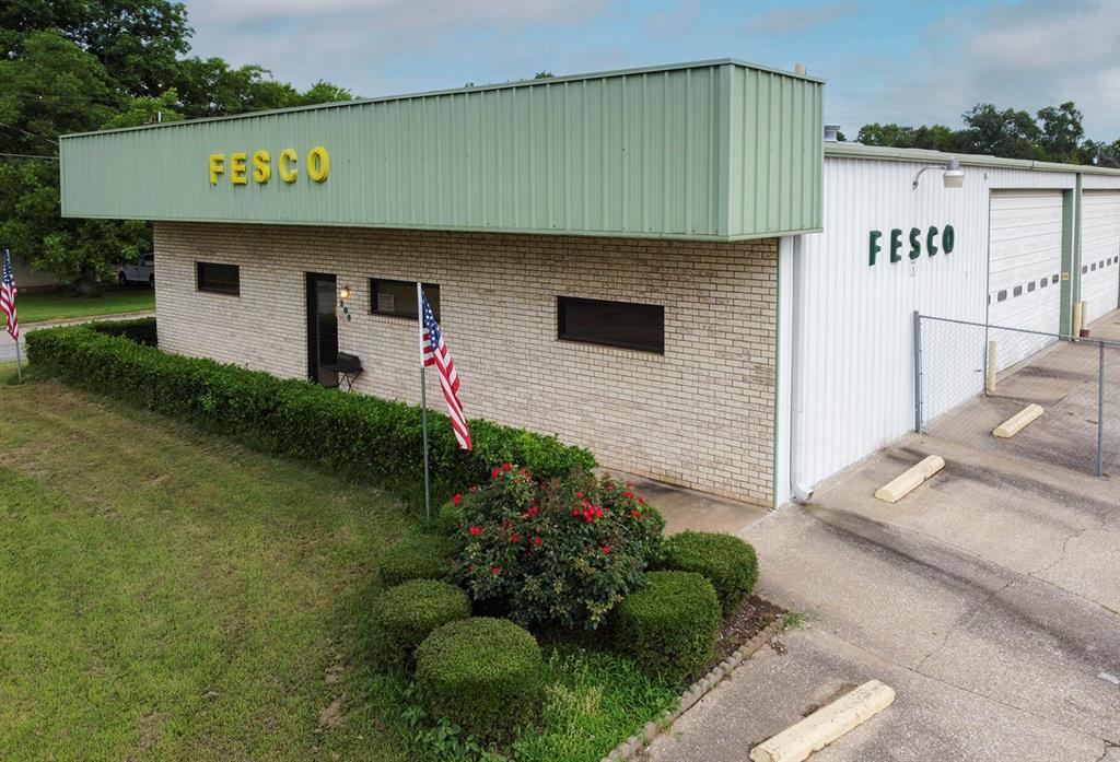 206 Beall  Street, Kilgore, Texas 75662 - Acquisto Real Estate best frisco realtor Amy Gasperini 1031 exchange expert