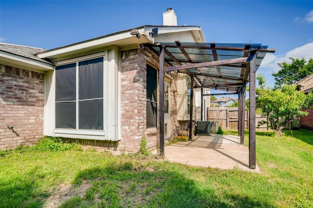 6926 Mazy  Lane, Rowlett, Texas 75089 - acquisto real estate best negotiating realtor linda miller declutter realtor
